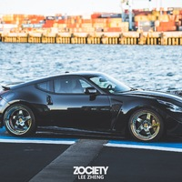 Black 2009 Nissan 370Z on Silver/Chrome Avant Garde F133